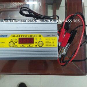 Máy nạp ắc quy tự động SUOER 1220 ( 12V 200AH )